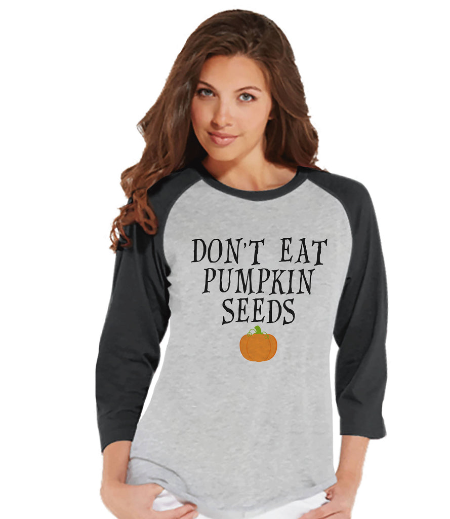 Halloween Pregnancy Announcement Shirt - Don't Eat Pumpkin Seeds Pregnancy Reveal Tshirt - Halloween Pregnancy Shirt - Grey Raglan Tee