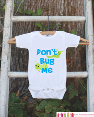 Funny Baby Boy Outfit - Novelty Baby Shower Gift - Humerous Don't Bug Me Baby Onepiece - Blue and Green Bugs Bodysuit - Funny Kids Shirt - 7 ate 9 Apparel