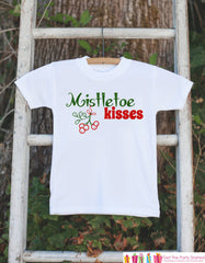 Kids Christmas Outfit - Mistletoe Kisses Christmas Onepiece - Kids Christmas Shirt for Baby Boy or Baby Girl - Novelty Christmas Outfit - 7 ate 9 Apparel