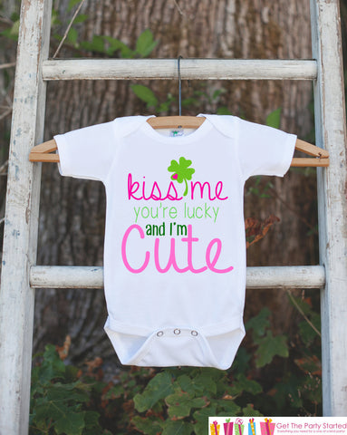 Kids St. Patricks Day Outfit - Kiss Me I'm Irish Onepiece - Novelty St. Patricks Shirt for Baby Girls - Pink & Green Clover - Infant Outfit - 7 ate 9 Apparel