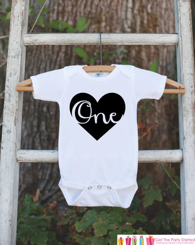 Birthday Outfit for 1st Birthday - One Birthday Onepiece For Girl or Boys's 1st Birthday Party - Kids Birthday Shirt - Black Heart Script - 7 ate 9 Apparel