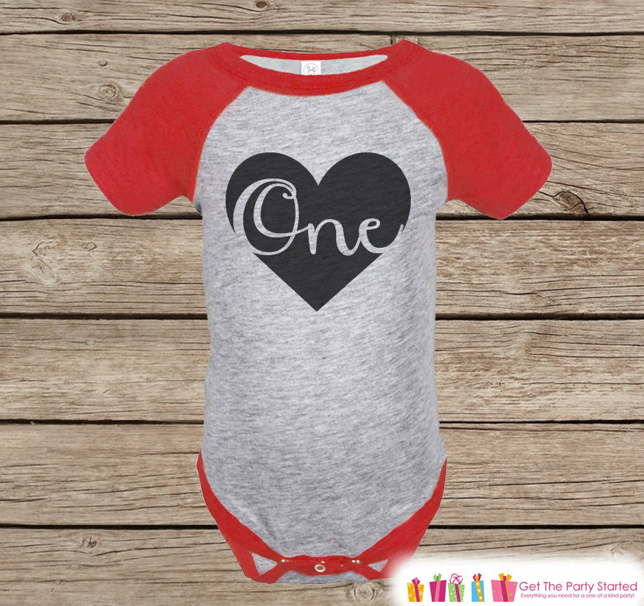 Kids One Birthday Shirt - One Onepiece or Tshirt - Boys 1st Birthday Outfit - Black & Red One Raglan First Birthday Shirt - Boys Raglan Tee - 7 ate 9 Apparel