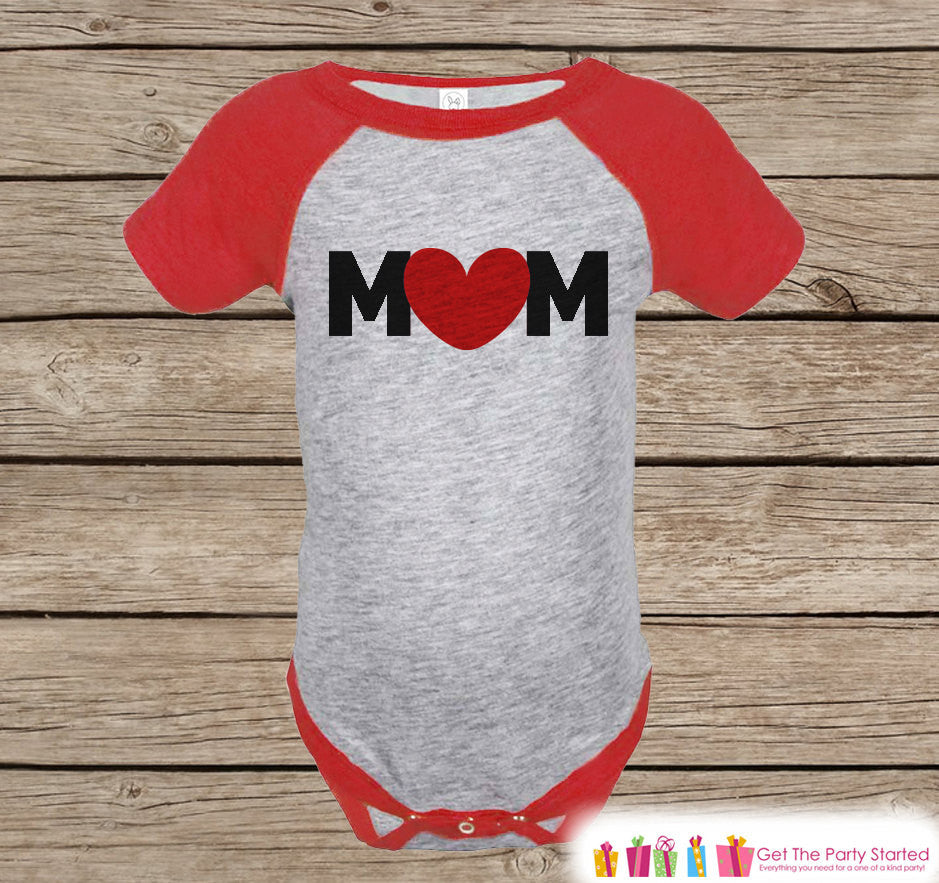 Boy's Mother's Day Outfit - Red Raglan Shirt - Mom Happy Mothers Day Onepiece or Tshirt - Red Heart Novelty Childrens Raglan Tee - Baby Boys - 7 ate 9 Apparel