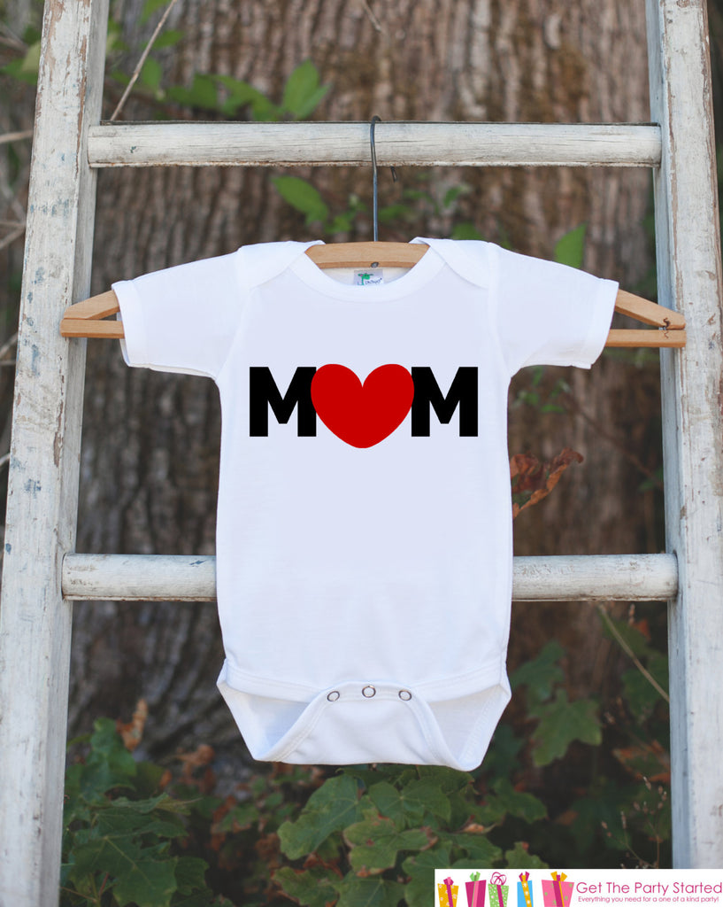 Kid's MOM Outfit - Happy Mother's Day Onepiece or Tshirt - Baby Boy's Outfit - Boy Baby Shower Gift Idea - Happy First Mothers Day Gift Idea