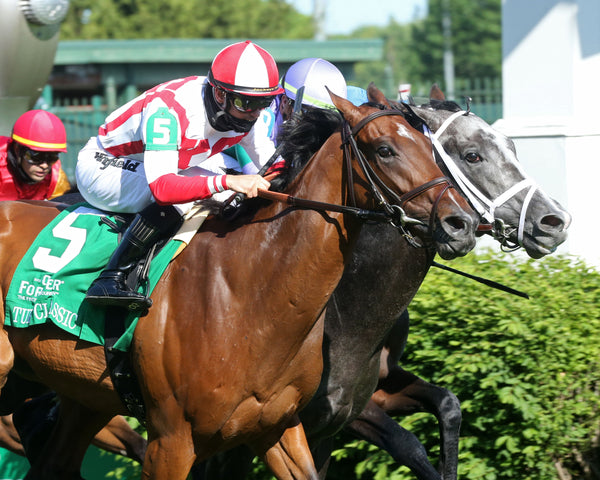 COLONEL LIAM - The Old Forester Bourbon Turf Classic - 35th Running - 05-01-21 - R11 - CD - Tight Finish 01