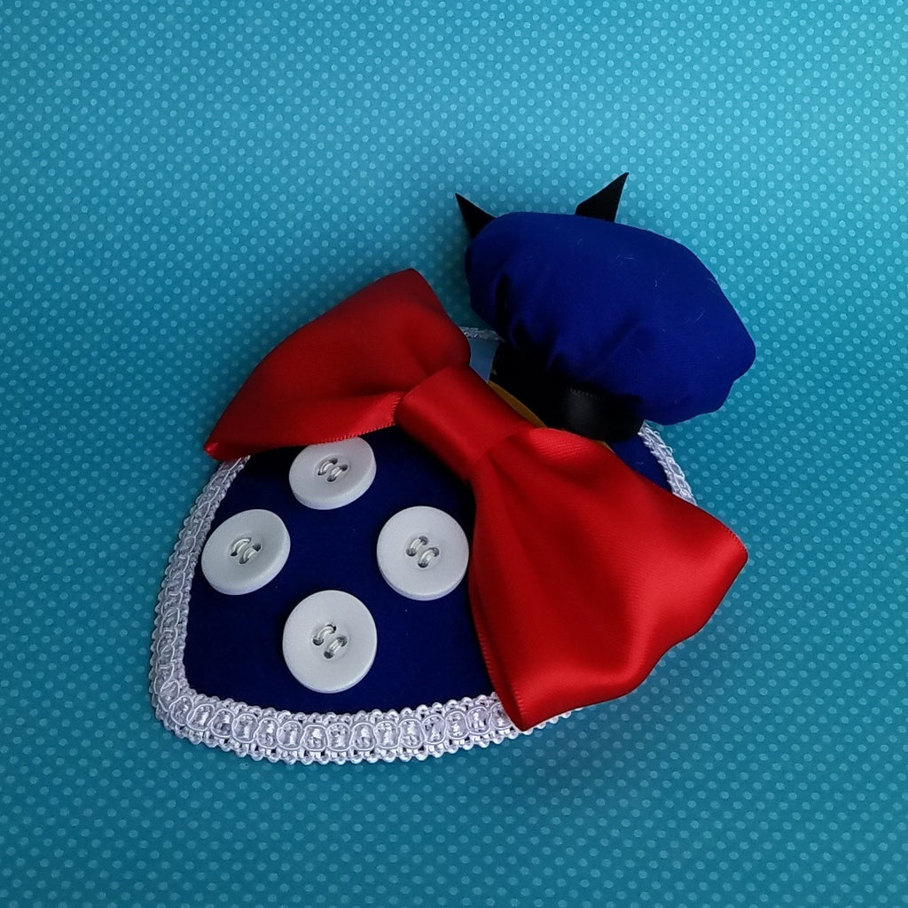 Donald duck fascinator with mini sailor hat in blue foe disney dapper day, disneybound, costume or cosplay.