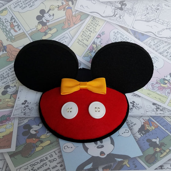 Mickey ears fascinear fascinator in red and black for disney dapper day, disneybound, costume copsplay by hat and mouse.