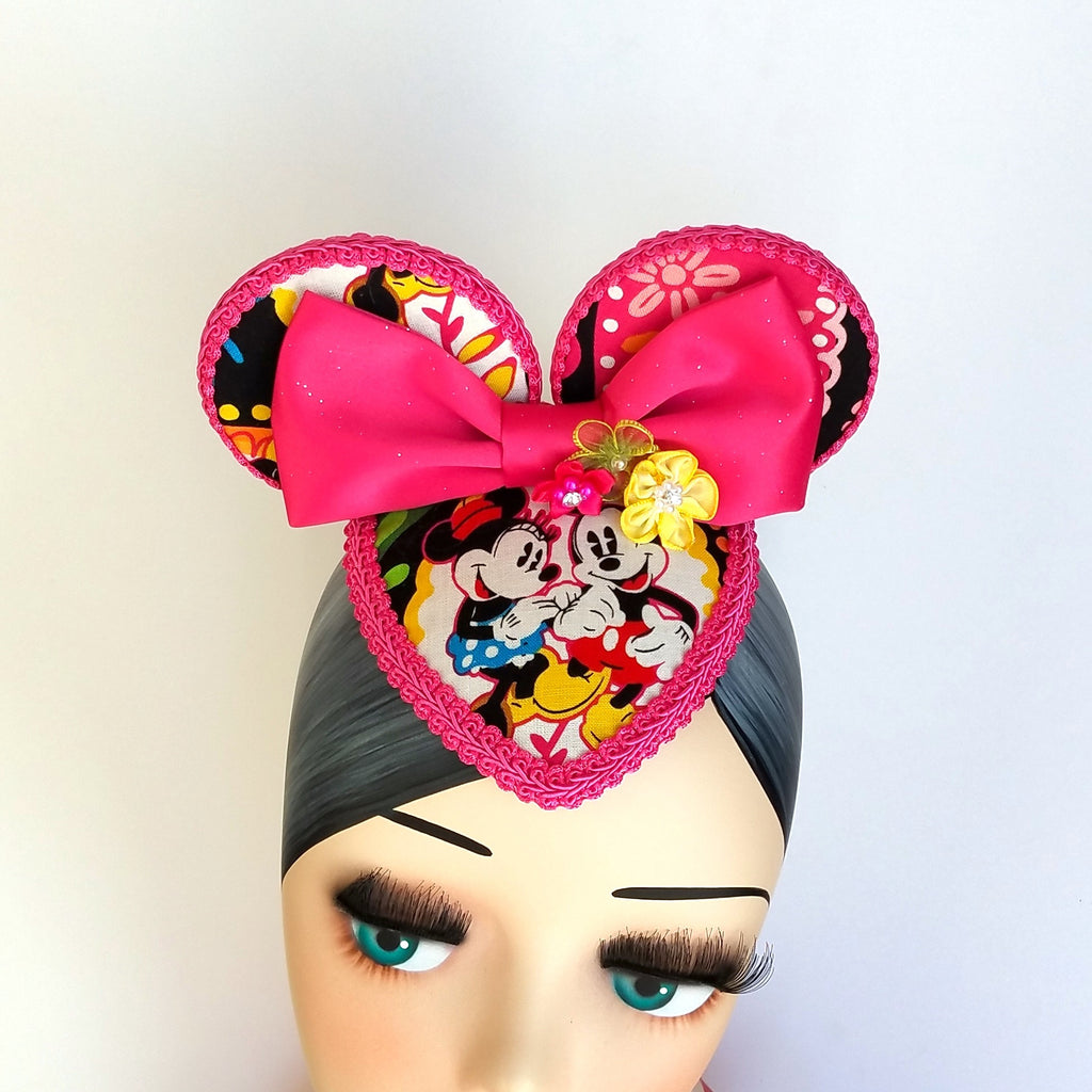 FascinEars by Hat and Mouse. Flower and garden fascinator hat with mouse ears and vera bradley print for dapper day and disneybound.