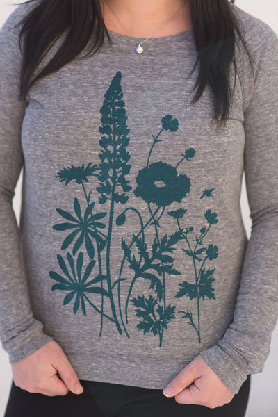 Gray wildflower top, long-sleeve