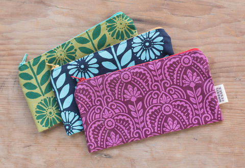 Hand-printed organic cotton canvas zipper pouch, purple Deco pattern