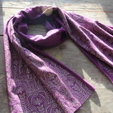 Wholesale - Soft purple bamboo scarf with hand-printed Art Deco floral pattern. MES-008