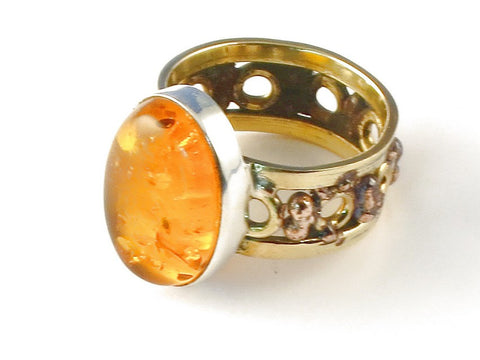 Design 112754 Artistic Oval Amber .925 Sterling Silver Jewelry Ring Size 7