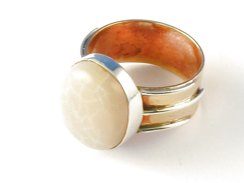 Design 112757 Fair Trade Oval Moonstone .925 Sterling Silver Jewelry Ring Size 8