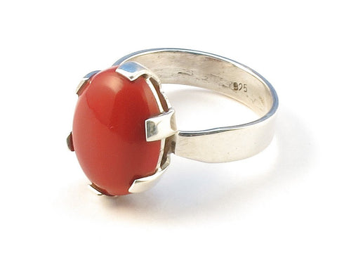 Design 113006 Shimmering Oval Red Stone .925 Sterling Silver Jewelry Ring Size 8