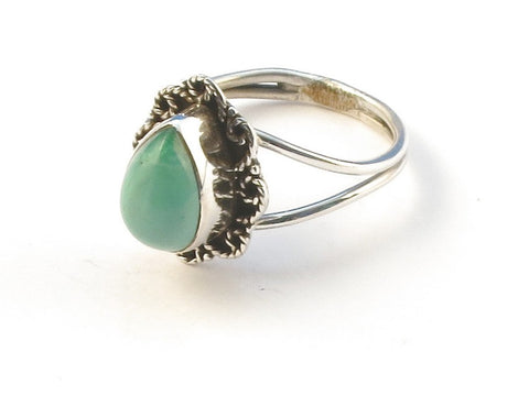 Design 113071 Handcrafted Pear Turquoise .925 Sterling Silver Jewelry Ring Size 7