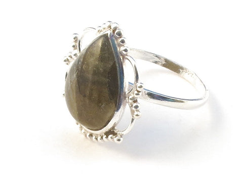 Design 113139 One-Of-A-Kind Pear Labradorite .925 Sterling Silver Jewelry Ring Size 6