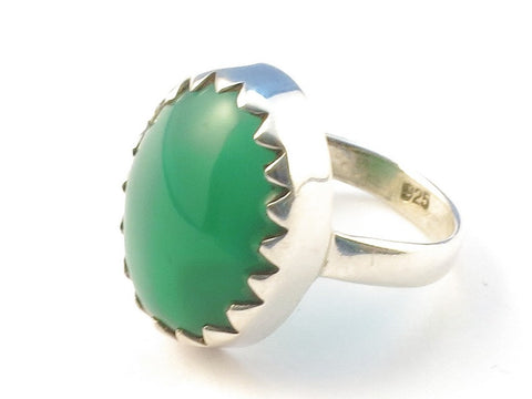 Design 113187 Fair Trade Oval Green Onyx .925 Sterling Silver Jewelry Ring Size 7