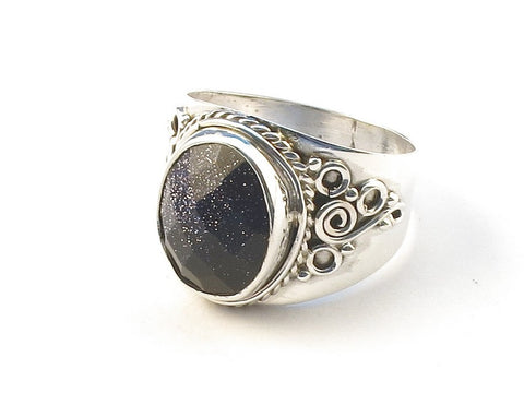 Design 113194 Glistening Oval Blue Sandstone .925 Sterling Silver Jewelry Ring Size 6