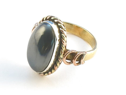 Design 114208 Handmade Oval Hematite .925 Sterling Silver Jewelry Ring Size 7