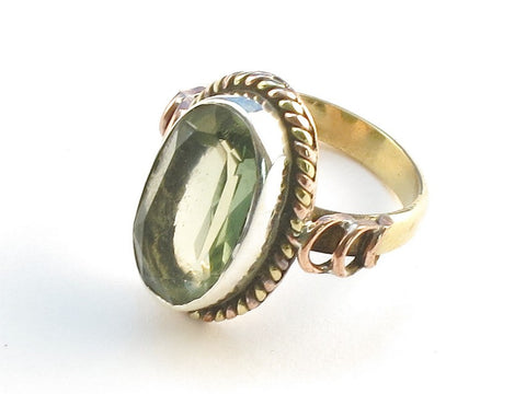 Design 114312 Made By Hand Oval Green Amethyst .925 Sterling Silver Jewelry Ring Size 8