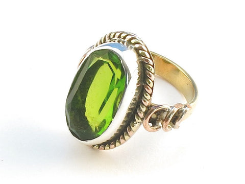 Design 114331 Jewelry Shop Oval Peridot .925 Sterling Silver Jewelry Ring Size 7