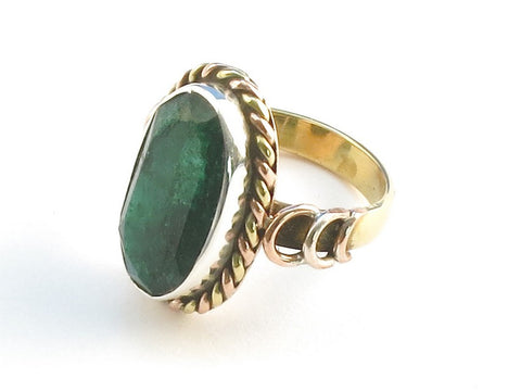 Design 114373 Premium Oval Emerald .925 Sterling Silver Jewelry Ring Size 5