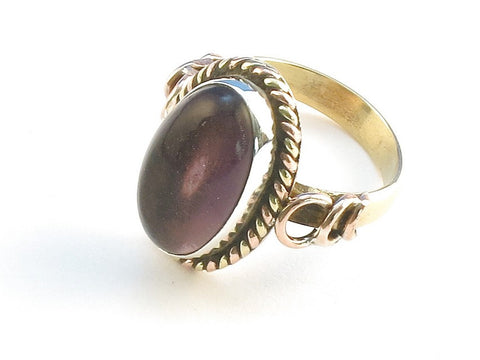 Design 114379 Handcrafted Oval Purple Amethyst .925 Sterling Silver Jewelry Ring Size 6.5