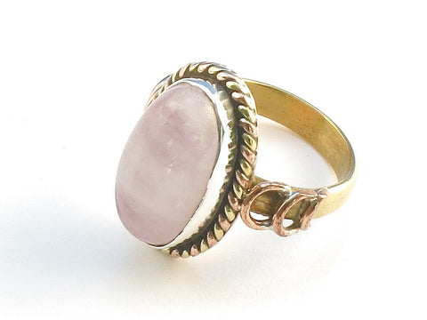 Design 114404 Made By Hand Oval Pink Rainbow Moonstone .925 Sterling Silver Jewelry Ring Size 5
