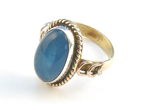 Design 114447 Artisan Jewelry Oval Blue Chalcedony .925 Sterling Silver Jewelry Ring Size 8