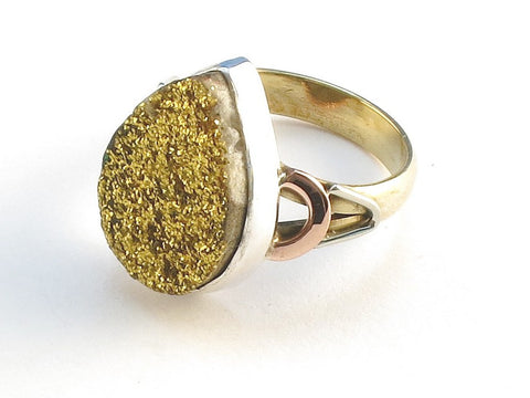 Design 114740 Exotic Pear Golden Drusy .925 Sterling Silver Jewelry Ring Size 9