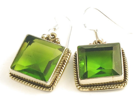 Design 115943 Jewelry Closeout Square Peridot .925 Sterling Silver Jewelry Earrings 1 1/4""