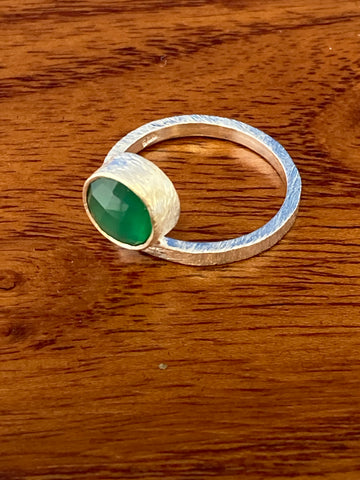 Ring, Green Onyx Faceted Round Dainty Brushed Gemstone Ring Size 7, Sterling Silver (.925) 3 Grams, Rings Band With Stone Gifts for Women