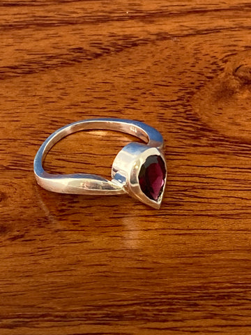 Ring, Garnet Faceted Pear Dainty Gemstone Ring Size 7, Sterling Silver (.925) 3 Grams, Rings Band With Stone Gifts for Women
