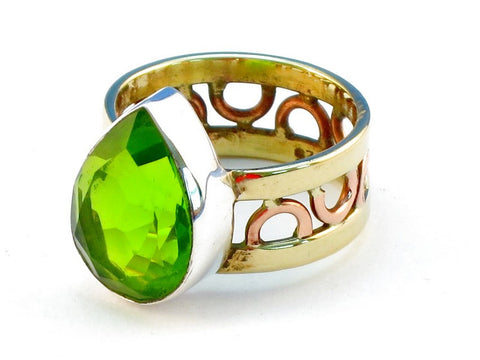 Design 111171 peridot .925 Sterling Silver Ring Size 9