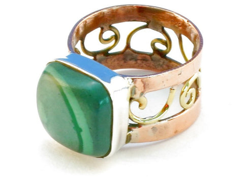 Design 110651 malachite .925 Sterling Silver Ring Size 10