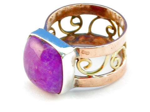 Design 110724 purple rainbow moonstone .925 Sterling Silver Ring Size 6