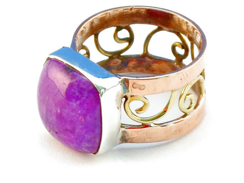 Design 110725 purple rainbow moonstone .925 Sterling Silver Ring Size 7