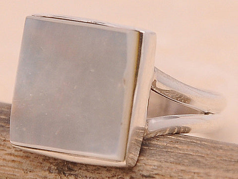 Mother of Pearl MOP .925 Sterling Silver Jewelry Ring Size 8