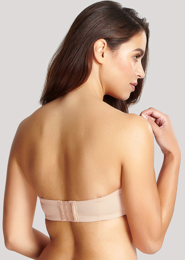 Achterzijde model in Panache Evie Strapless BH Light Nude