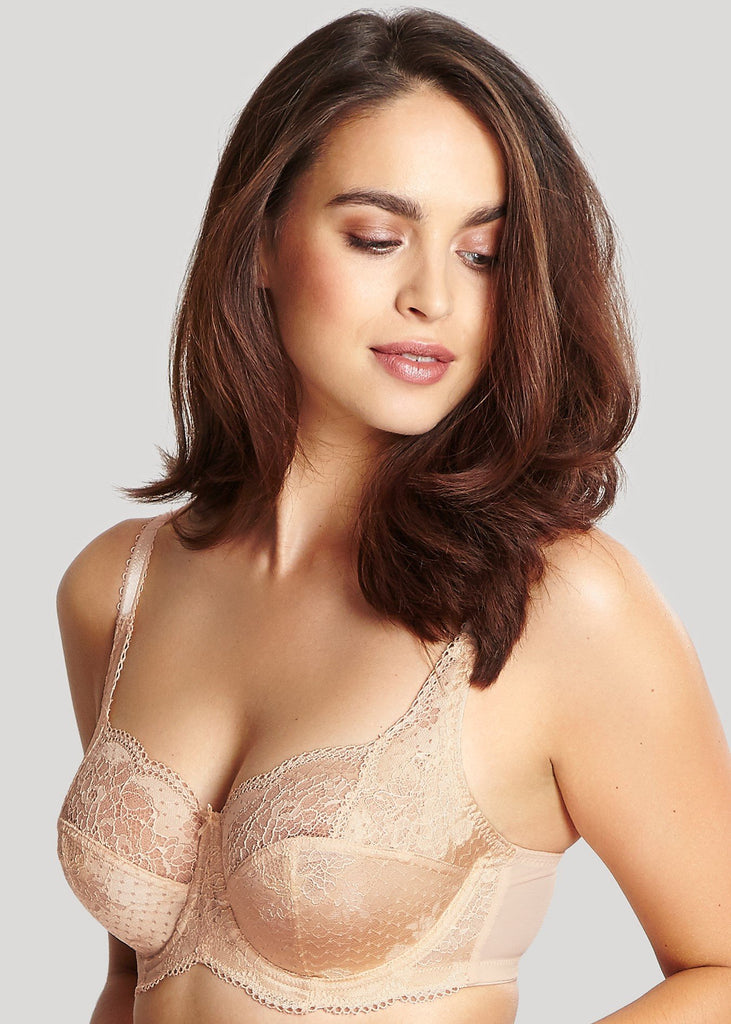 Model in Panache Clara Full Cup BH Light Nude
