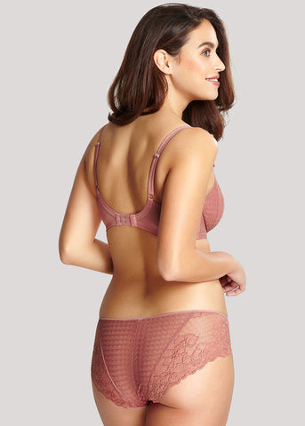 Model in Panache Envy Sienna setje