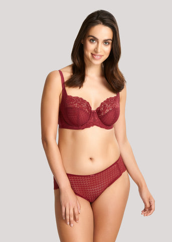 Model in Panache Envy Rosewood setje voorzijde