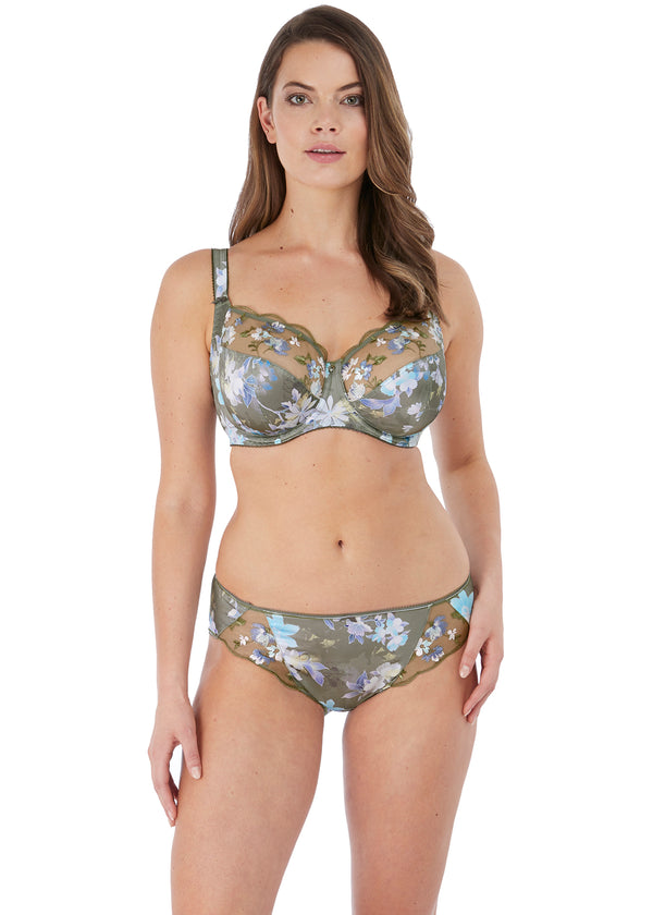 Model in Fantasie Emmie Evergreen set voorkant