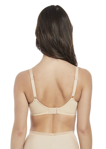Model in Fantasie Fusion Side Support Sand Vooraanzicht