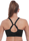 Rug van model in Freya Dynamic Soft Sports Bra Zwart met racerback optie