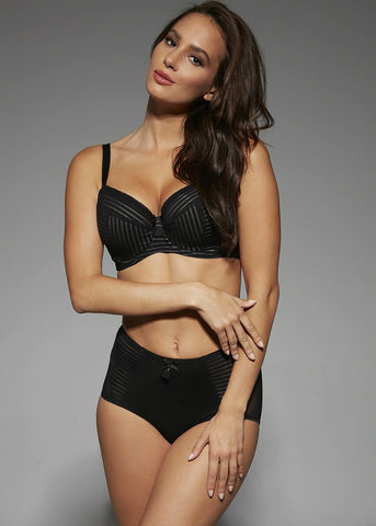 Model in Comexim Gloria setje zwart