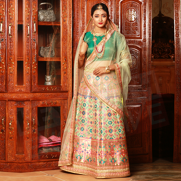 reception lehenga at keya seth exclusive