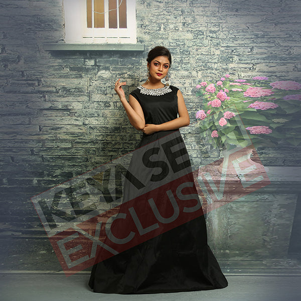 black gown for new year party