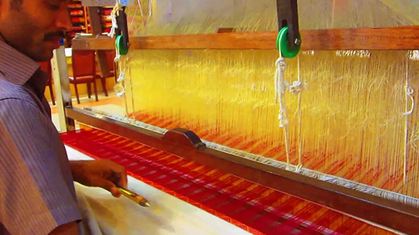 saree weaving in handloom