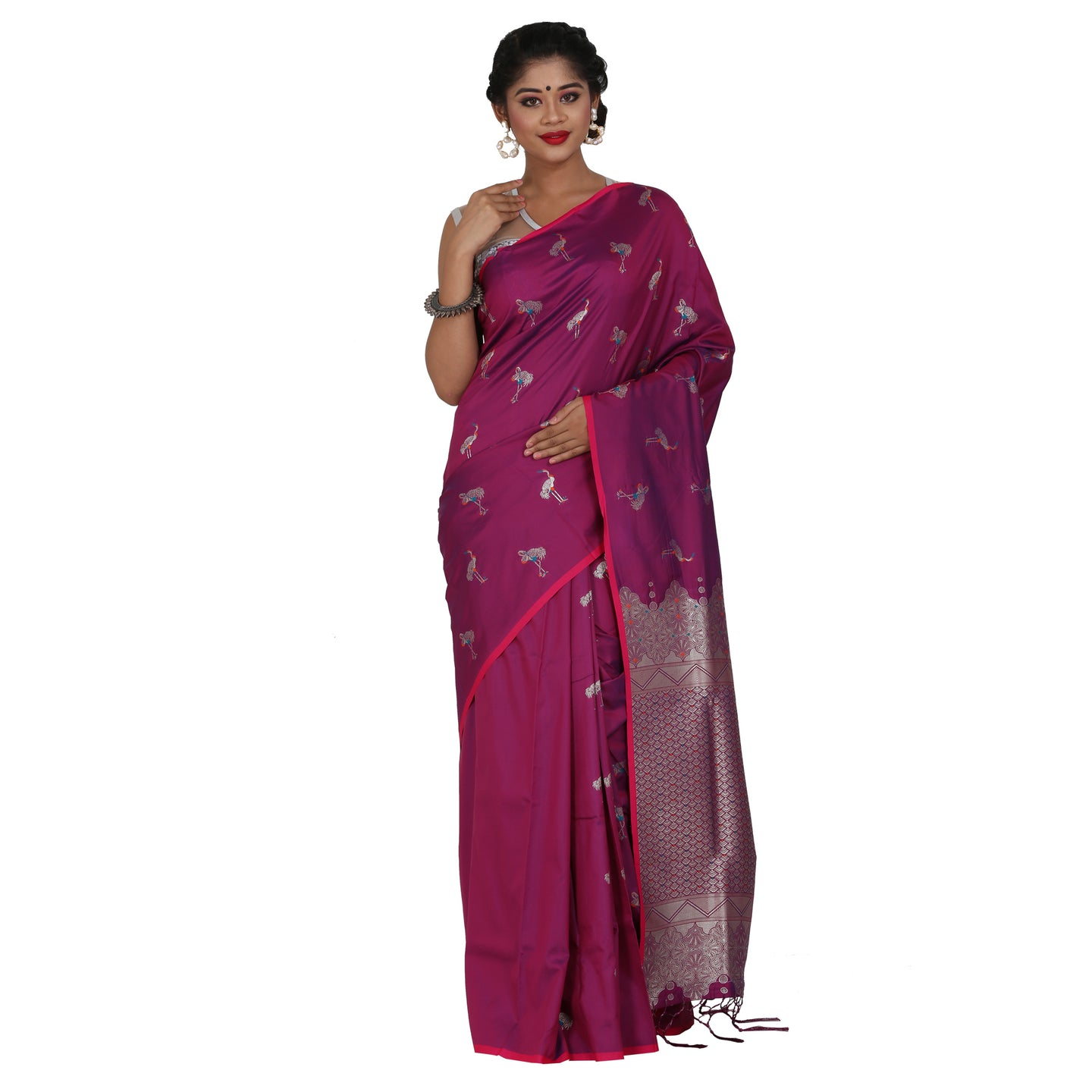 Purple Color Sana Silk Saree with highlighted all over Silver motif and Pallu